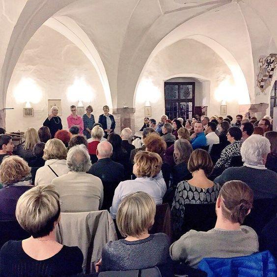#finissage stagione 2015 a @castelpergine: Verena Neff e la famiglia Oss ringraziano tutti quelli che frequentano il castello è grazie a loro che possiamo godere di questa bellissima dimora