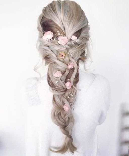 The Best Prom Hair Looks You Are Going To Fall In Love With Society19 Prom Hairstyles For Short Hair Prom Hairstyles For Long Hair Hair Styles