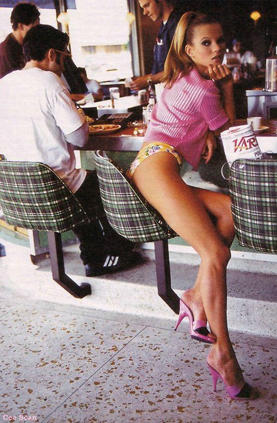 Kate Moss x.    Pinterest: @lauraemeny