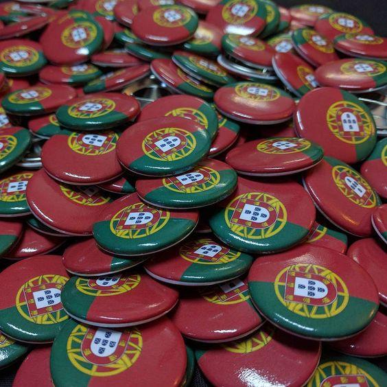 Crachás Personalizados #Chapas #Crachas #Portugal #Eurocopa #eurocopa2016 #Chapea