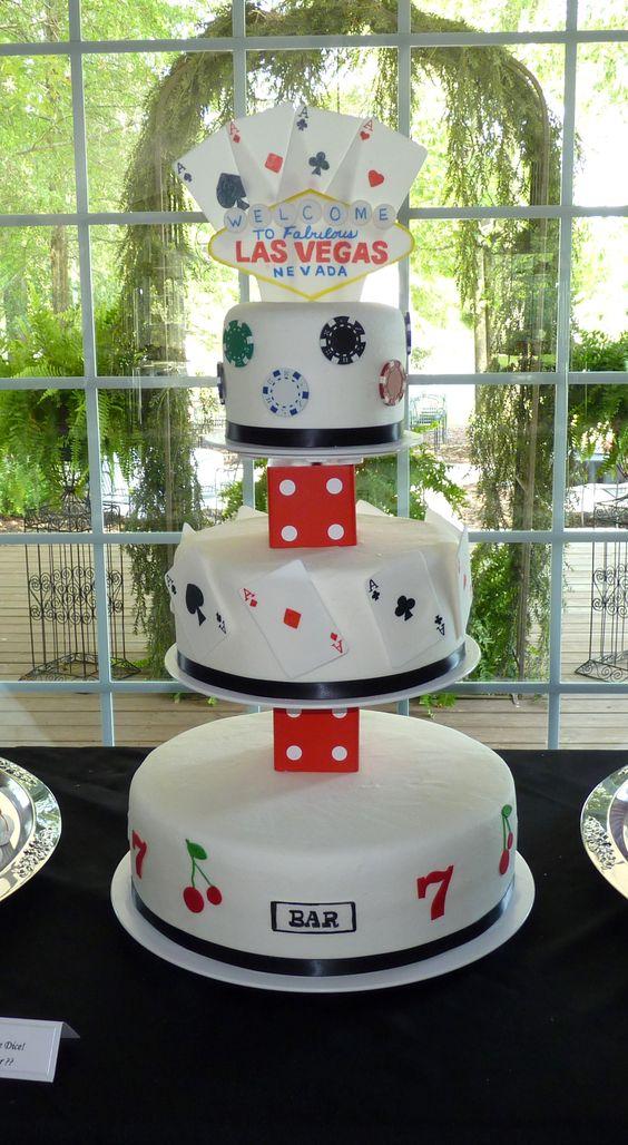 Vegas themed wedding cake — Poker Cakes / Las Vegas / Casino ...
