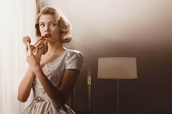 Estée Lauder lance une collection de maquillage inspirée de Mad Men.