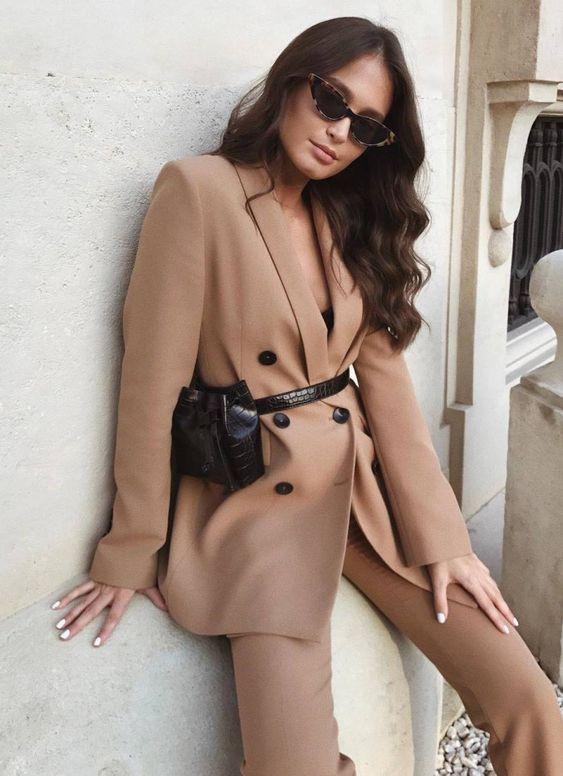 Nice to wear: Beige pakken voor een elegante look