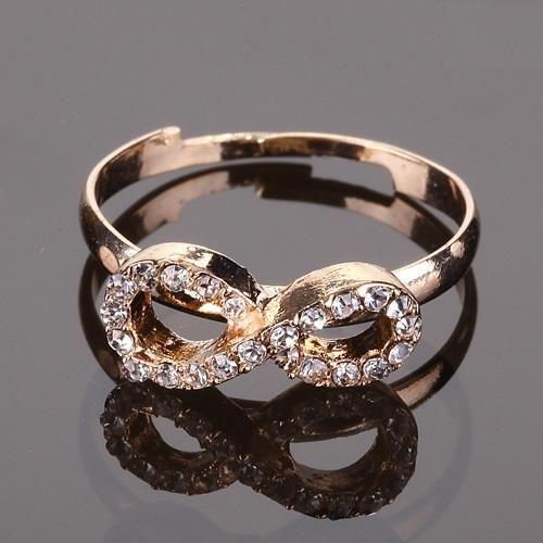 anillo ajustable meñique dorado Infinity