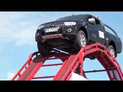 Se você acha que já viu um motorista louco olha isso!!!