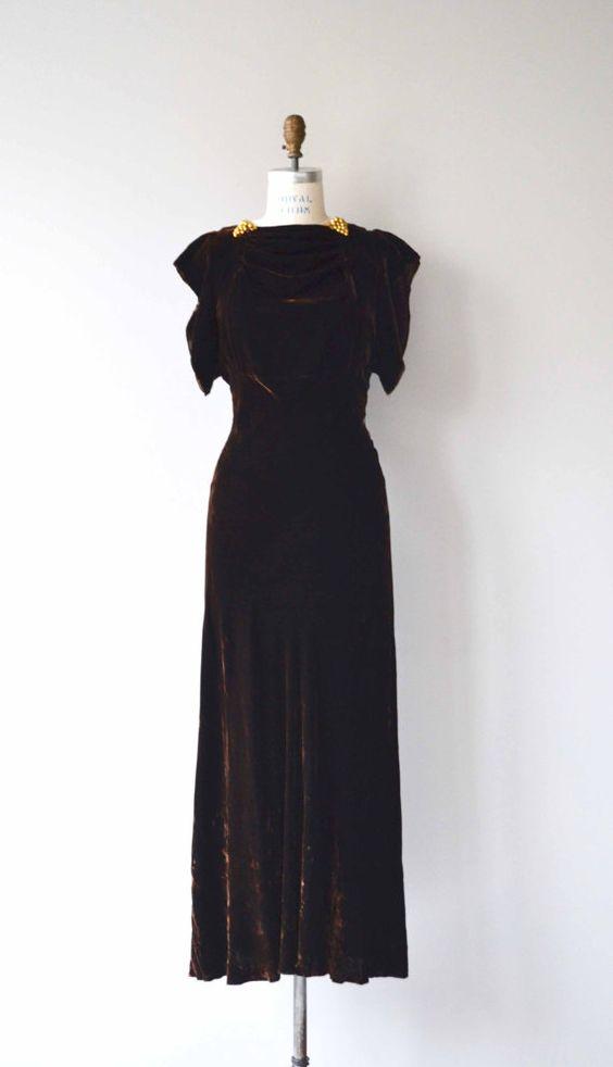 Long 30s dress lilly customer