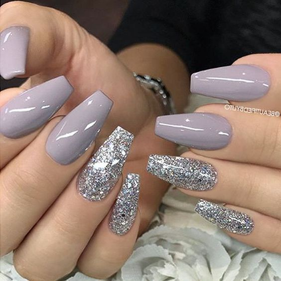 52 Best Eye Catching And Trendy Coffin Acrylic Nails Design For Fall And Winter Nail Idea 34 Fall Acrylic Nails Christmas Nails Acrylic New Years Eve Nails