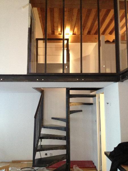 http://www.creametal.com/photos/bdd/escalier-et-mezzanine-en-acier-_1_216_1.jpg