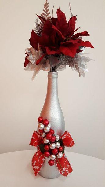 Aprende Como Decorar Botellas De Vidrio Recicladas Para Navidad Christmas Wine Bottles Bottle Crafts Christmas Wine