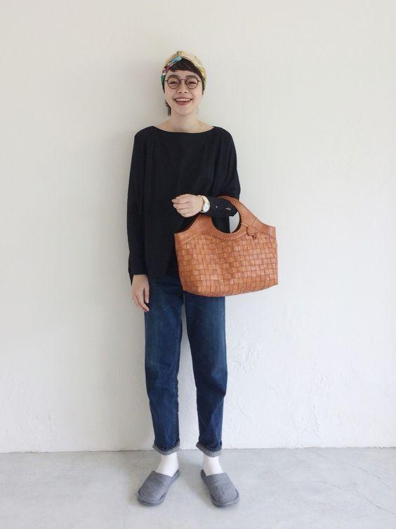 robitaのハンドバッグを持ったkanoco