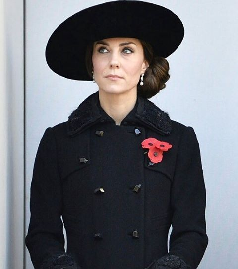 Catherine today, 13th November 2016,during Remembrance Sunday ❤ #weadmirekatemiddleton #lifeofaduchess #duchessofcambridge: