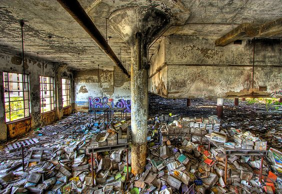 Detroit Book Depository in ruins... Hurts my heart