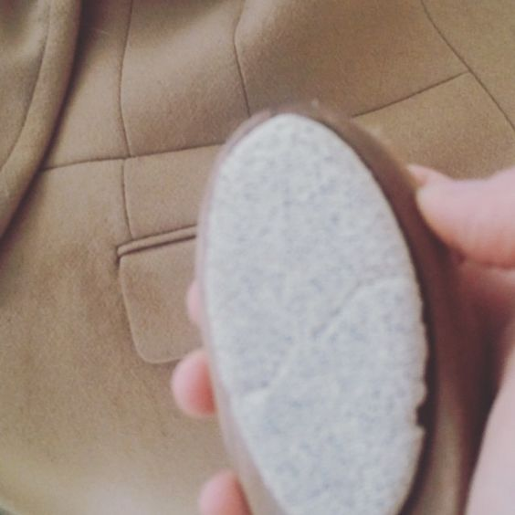 how to properly use a pumice stone