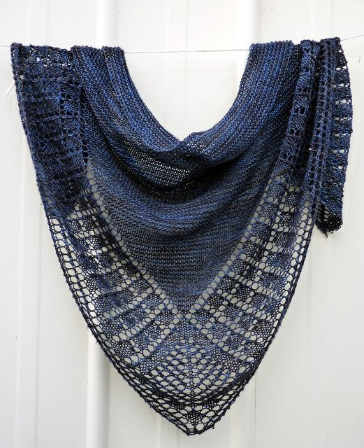 how to wear a long shawl