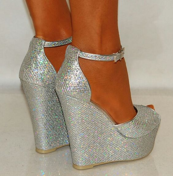 Silver wedges | Schoenen | Pinterest | Shoes, Nike and Nike free