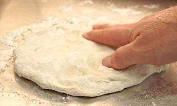 RECETA MASA DE HOJALDRE. Masa quebrada o brissée Ingredientes: 325 gr. harina integral 225 gr. mantequilla de soja 2 ud. huevo vegano - Receta huevo...