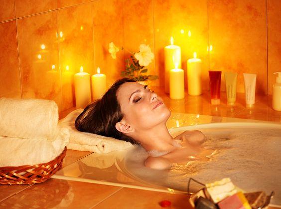 Baño De Tina Relajante:Un baño en tina, velas aromáticas y música relajante #relajacion #