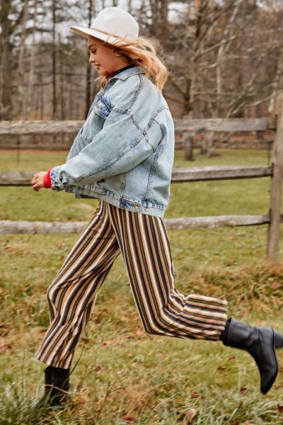 Shop UO Ant Knit Cropped Pant at Urban Outfitters today. We carry all the latest styles, colors and brands for you to choose from right here.