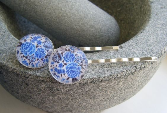 VINTAGE BLUE FLOWERS silverplated bobby pin hair slides £4.00