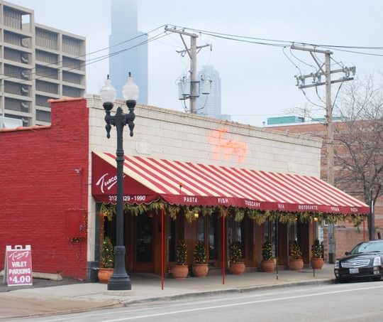 Tuscany's on Taylor Street, in the shadow of the UIC buildings and the Sears Tower, Chicago
