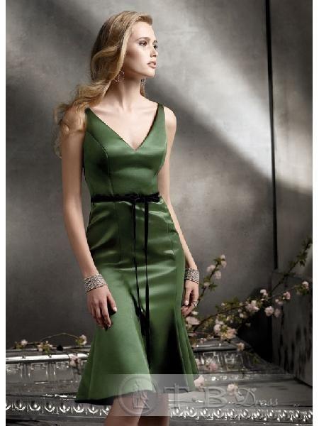 Bridesmaid Dresses Moss V Neckline Sleeveless Knee Length Hemline (B D 000319)  $47.29