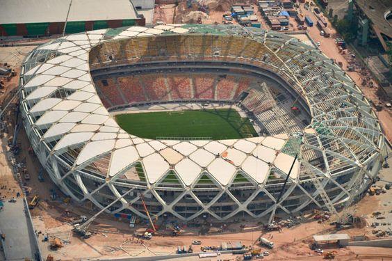 Arena da amazônia . 44,000 Manaus