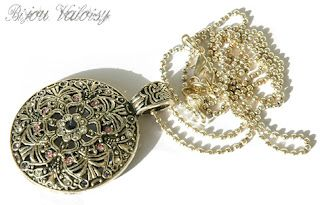Metal Necklace with Swarovski