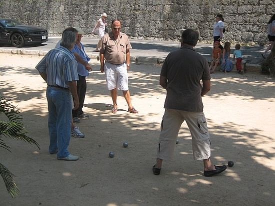 Boulles in St Paul de-Vence. Very serious game!