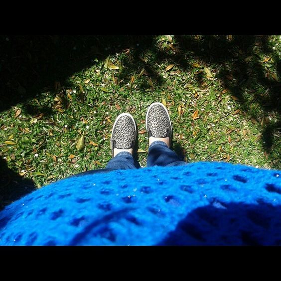 Look Tricô + Slip On http://blogtaemalta.wordpress.com/2014/08/27/looks-da-fe-pelo-instagram/