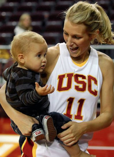 Brynn Cameron: Blake Griffin Baby Mama Alert! | Blake ...