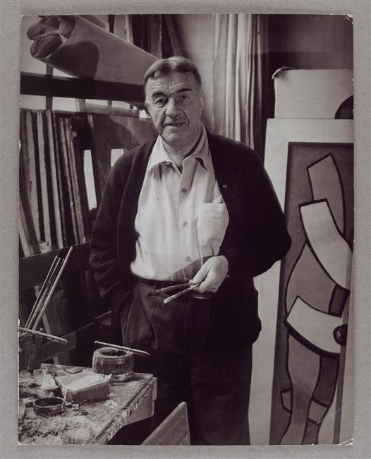 Fernand Léger dans son atelier, 86 rue Notre-Dame-des-Champs Brassaï 1937 #Orne #PureNormandie: