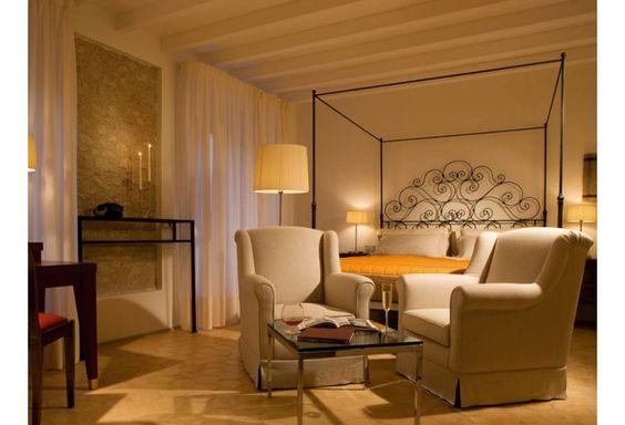 Mr & Mrs Smith - Palazzo Seneca