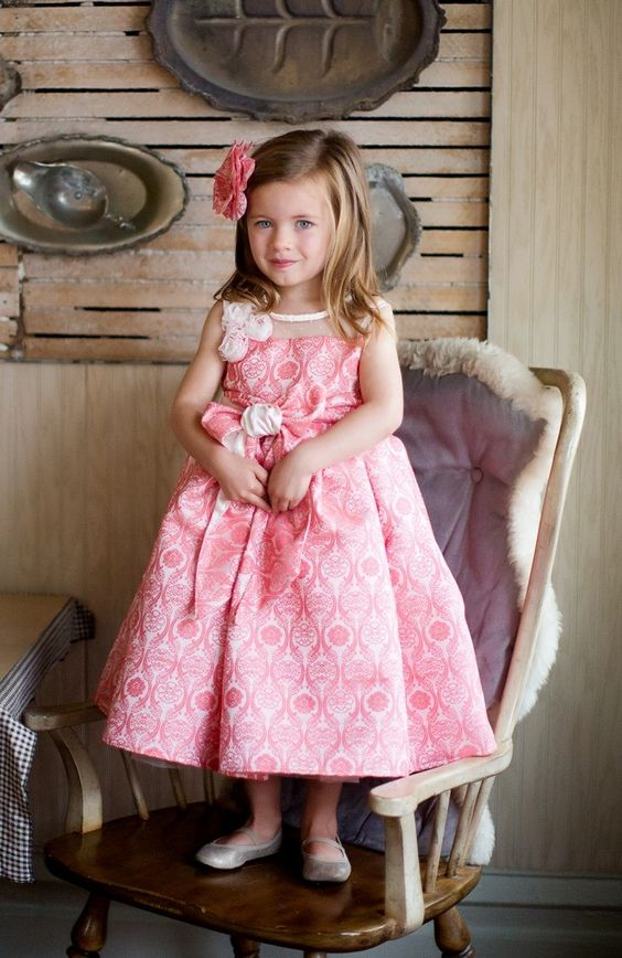 Oh so pretty in pink! Magpie & Mabel's Maeve Dress in La Vie en Rose