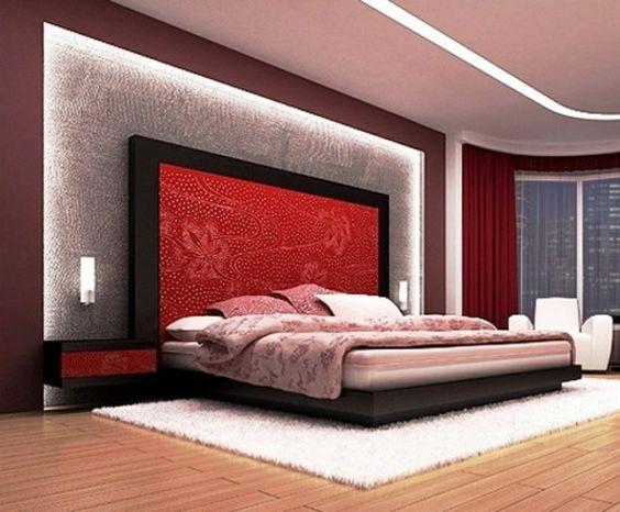 hoher Kopfteil des Bettes graue Textil Gestaltung im Schlafzimmer - schlafzimmer wände gestalten