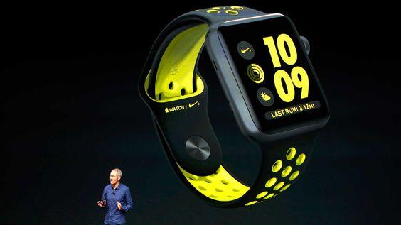 Apple se asoció con Nike para desarrollar el Apple Watch Nike Plus, una versión del reloj pensada para los corredores, que incluye más detalles pensados para esta clase de deportistas (Reuters).