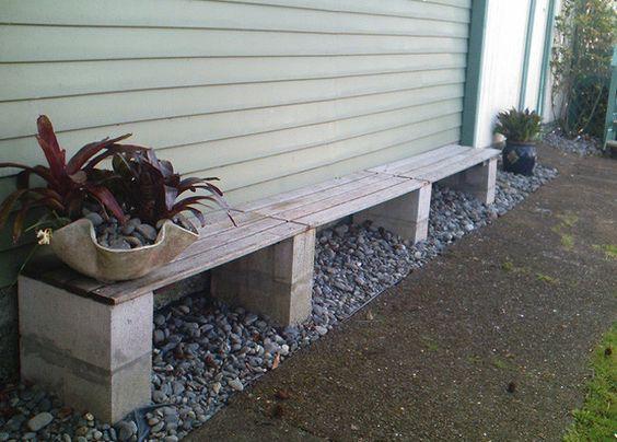 Cinco bancos para el jard n con bloques prefabricados de for Bloques cemento para jardin