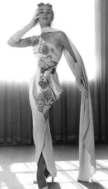 1950s Columns And Evening Dresses On Pinterest