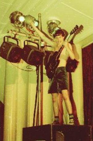 NO FELIPING: los discos de AC/DC de peor a mejor - Página 18 14db75be72c7ec07c7583a451470bd6e