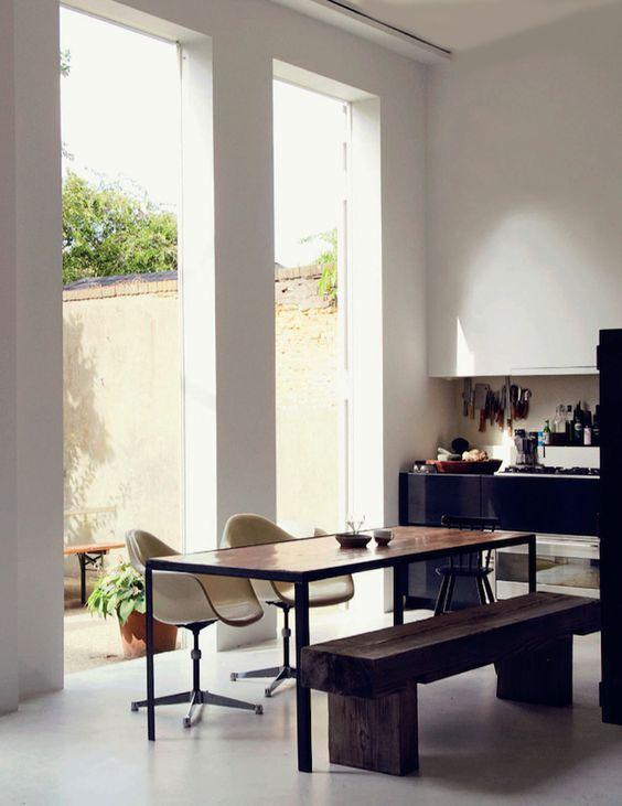 Outdoor indoor dining: