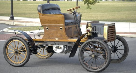 1904 Buckmobile Twin Cylinder 15hp Runabout....made in Utica, NY...