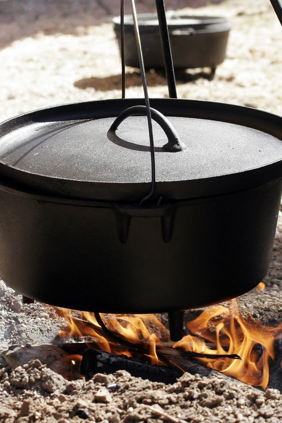 21 dutch oven recipes for camping dutch oven cooking for Cast iron dutch oven camping recipes