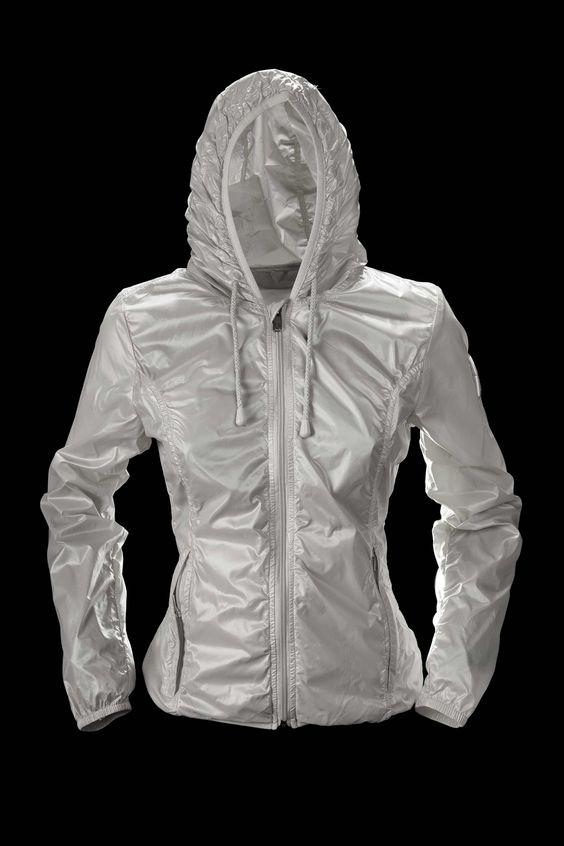http://www.bomboogie.it/en/new-arrivals/woman/woman-jacket-19.html/a/1/o/pinterestpost/