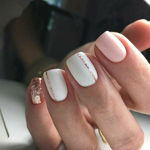 35 Gorgeous Rose Gold Nails Perfect For Any Event 2020 Guide Gold Glitter Nails Cute Spring Nails Short Acrylic Nails