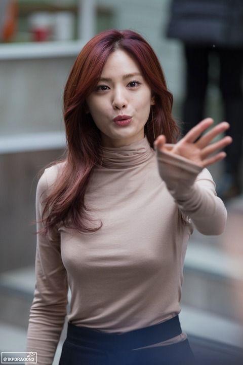 k popガールズグループのセクシーな画像を紹介 コリアンビューティー 女性 韓国人モデル