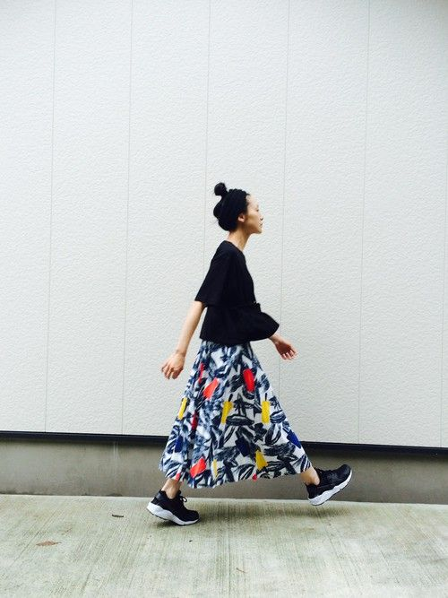 UNIQLOのTシャツ・カットソーを使ったnanikaのコーディネートです。WEARはモデル・俳優・ショップスタッフなどの着こなしをチェックできるファッションコーディネートサイトです。