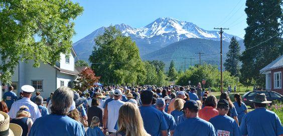 Mt. Shasta 4th of July Walk/Run, Mt. Shasta California, USA