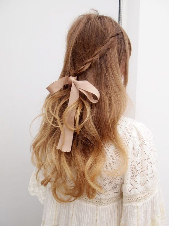 16 Pretty Ribbon Hairstyles From Pinterest Ribbon Hairstyle Hair Ribbons Hair Styles