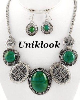 Chunky Burnished Silver & Green Decorative Jewelry Bib Statement Necklace Set