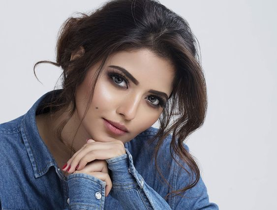 Actress Shirin Kanchwala Photoshoot – 2019