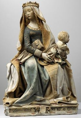 Our Lady of Grace, limestone polychrome, Languedoc, 1470 - Toulouse, Musée des Augustins Toulouse Musee des Augustins / Photo Daniel Martin.